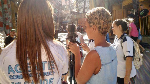 Registro da oficina de vídeo pelo celular promovida pelo Memória Rocinha / Acervo IMS