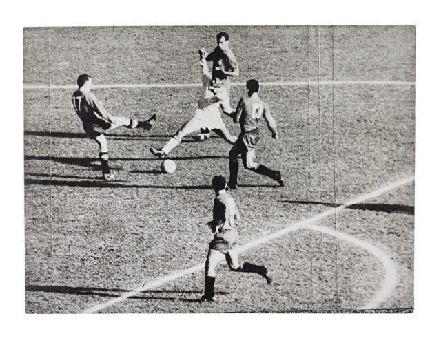 Amarildo cercado por quatro, Brasil 2 x 1 Espanha (Arquivo Diários Associados/Acervo IMS)