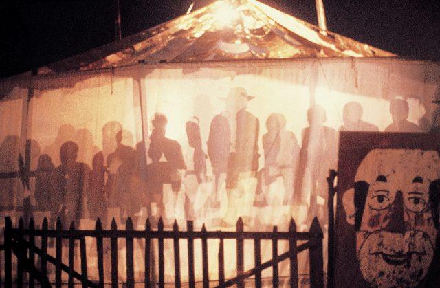 Circo Mambembe, 1972. Sabará, Minas Gerais. Foto de Walter Firmo / Acervo IMS