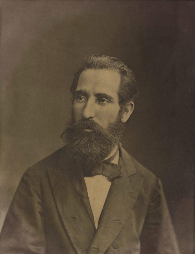 Autorretrato de Marc Ferrez com cerca de 36 anos de idade. Rio de Janeiro, c. 1879. Coleção Gilberto Ferrez / Acervo IMS