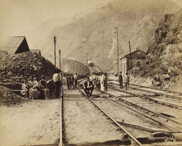 Na estrada de ferro de Santos a São Paulo. São Paulo, c. 1880. Foto de Marc Ferrez. Coleção Gilberto Ferrez / Acervo IMS