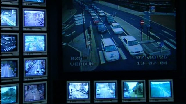Contramúsica, videoinstalação, 23' © Harun Farocki GbR, 2004