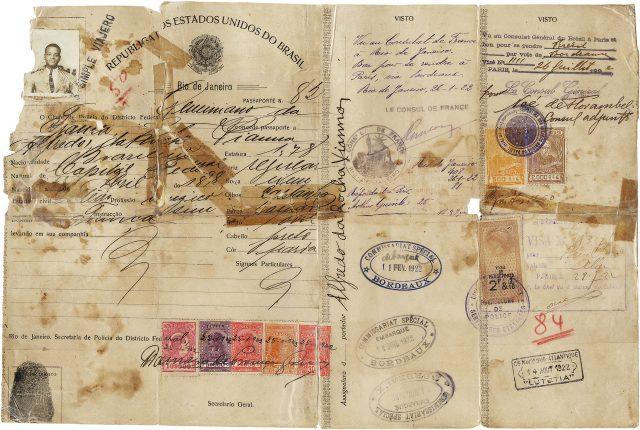 Passaporte de Pixinguinha. Arquivo Pixinguinha / Acervo IMS