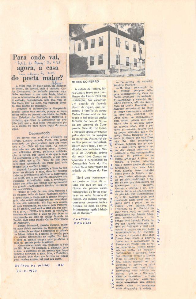 Recortes de jornal anotados sobre o desmonte da casa de Drummond em Itabira. Arquivo Carlos Drummond de Andrade / Acervo IMS