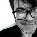 Fotografia em preto e branco de Cassiano Viana, jornalista e escritor