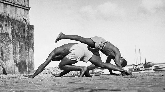 Capoeira, Salvador, Brasil, 1946-1948. Foto de Pierre Verger / Acervo Fundação Pierre Verger
