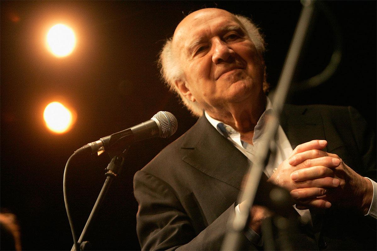 Michel Picolli na estreia de <EM>Habemus Papam</EM>. Foto de Franck Prevel